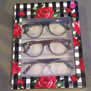 NWT Betsey Johnson Readers Cheaters Glasses +1.50